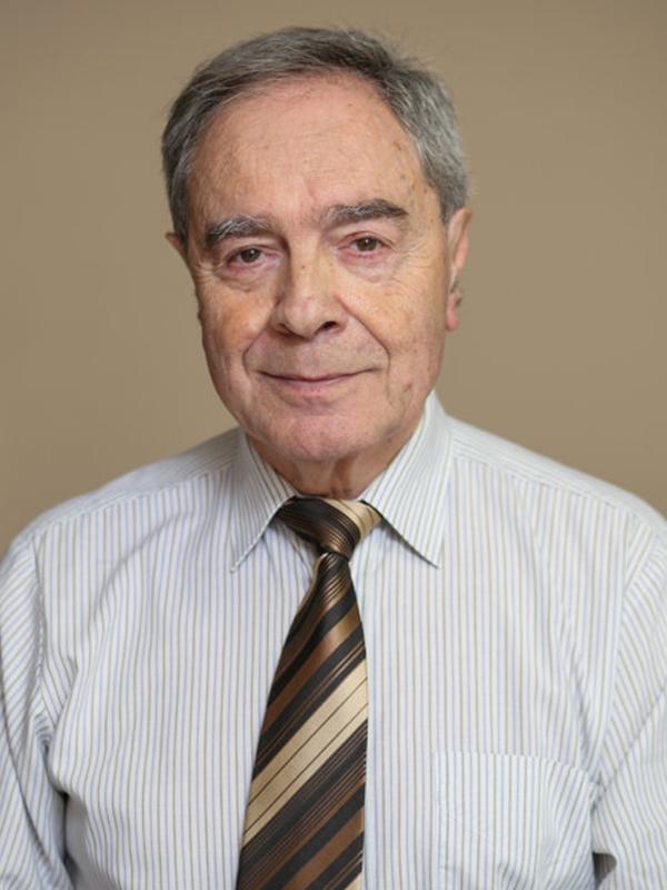 Dr. Nádas György